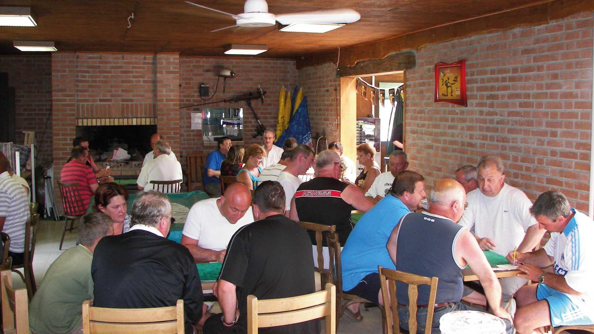 Tournoi de cartes - Camping du Molinel - Tortefontaine