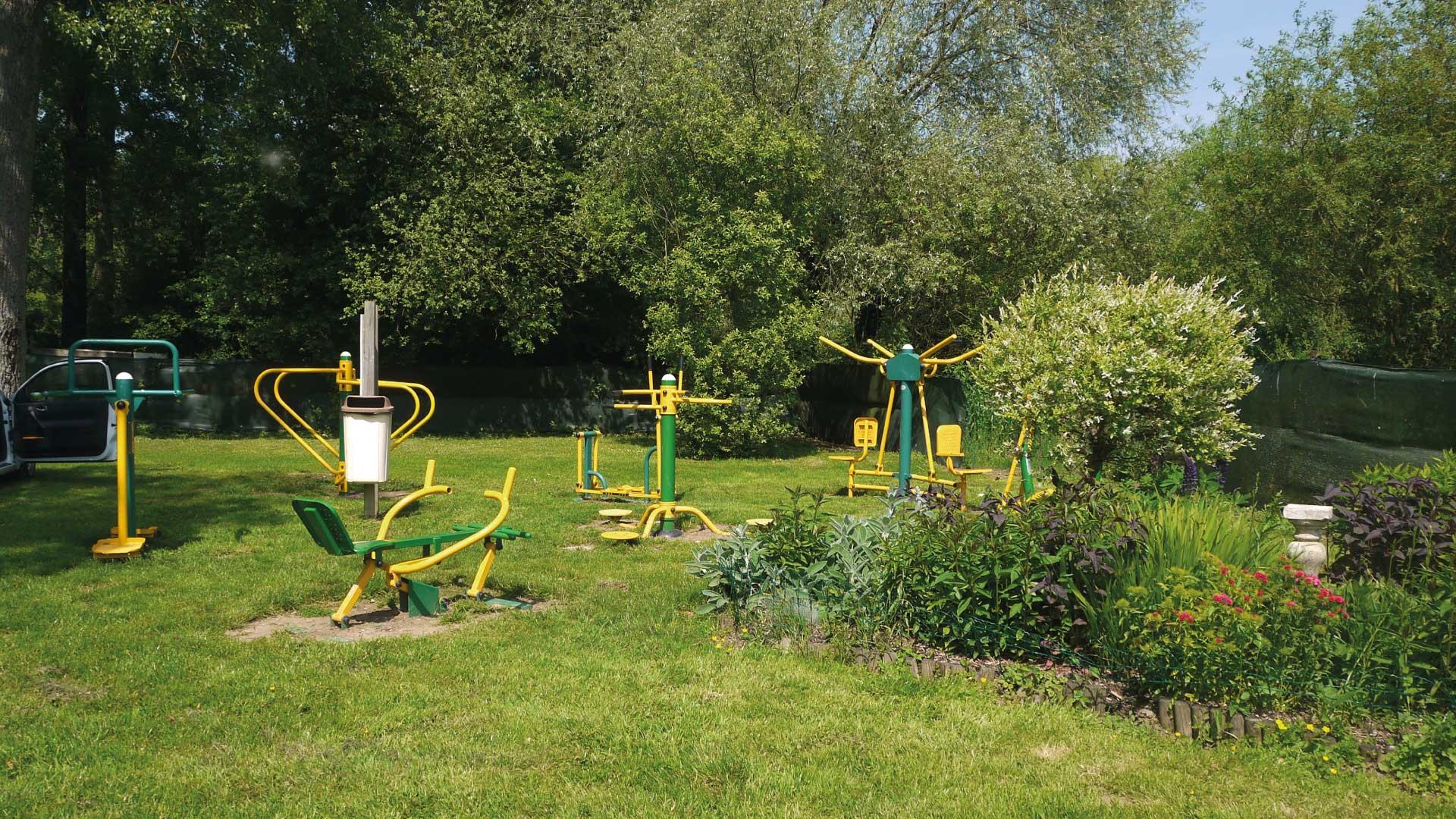 Espace de fitness en plein air - Camping du Molinel - Tortefontaine