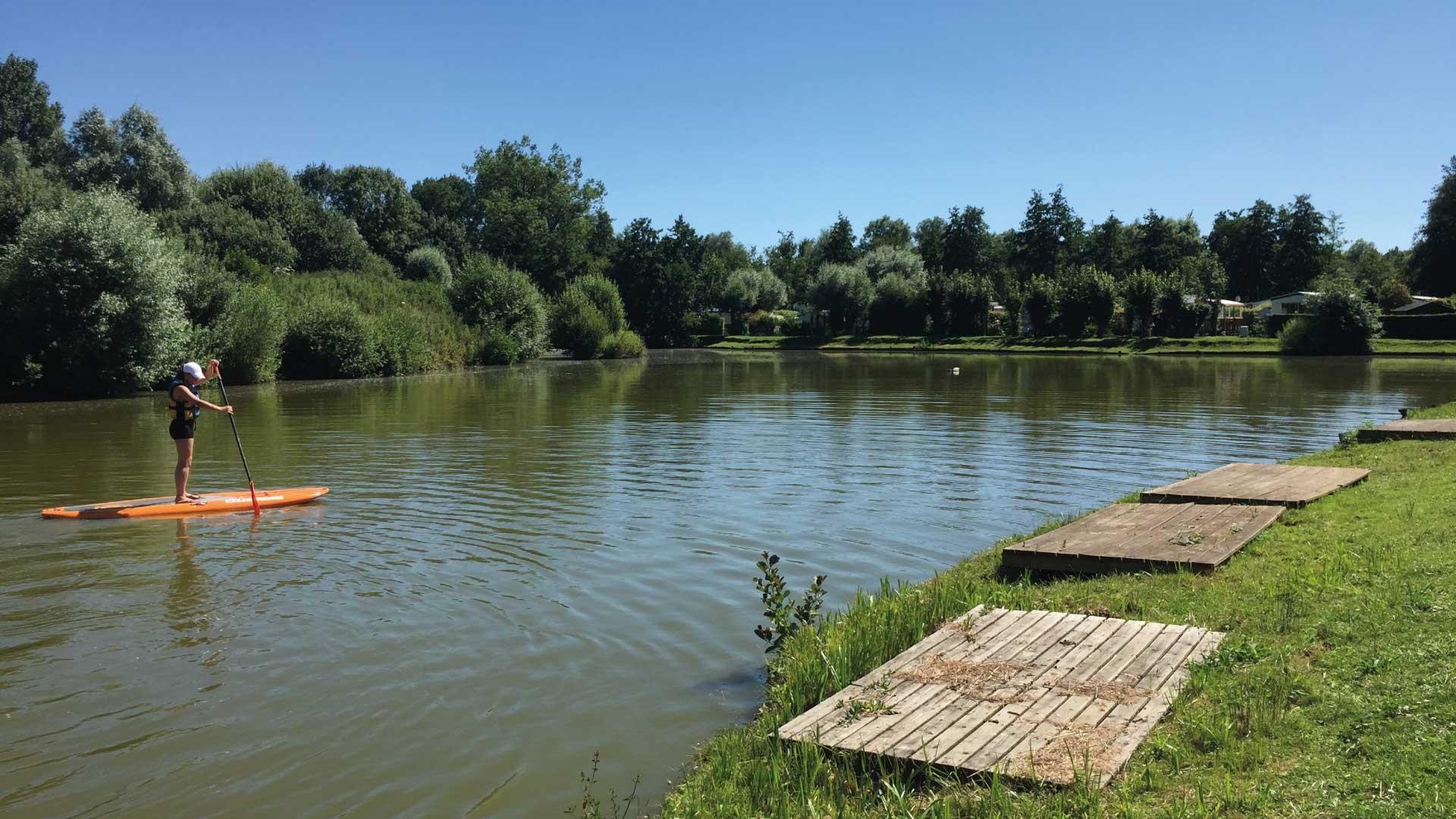 Paddle sur étang - Camping du Molinel - Tortefontaine